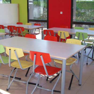 M149 TABLES IVRY & M323 CHAISES ISSEO - LES LANDES GENUSSONS (85)