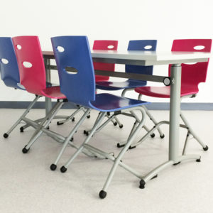 M422 TABLE AJUST'ABLE & M313 CHAISES ZOOM - LA DURANTIERE (44)