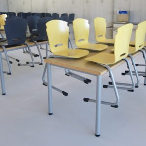 M149 TABLES IVRY & M380 CHAISES INSERT - CLISSON (44)